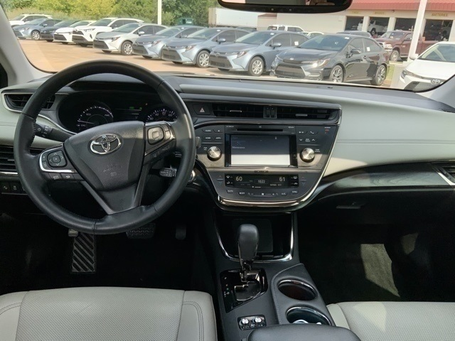 Pre-Owned 2018 Toyota Avalon Hybrid Limited